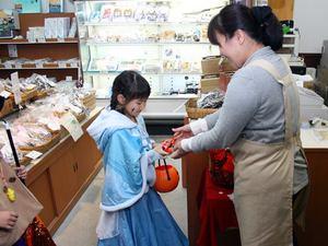 おさんぽハロウィン at 堀与商店
